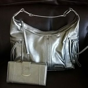 Kenneth Cole Reaction Bag & Wallet